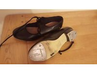 Ladies black leather dance tap shoes, Size 5.5 - great condition