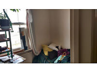 single room to rent in a flat in central Hove - Short term