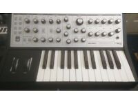 Moog Sub Phatty Analogue Synthesiezer
