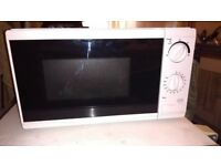 Tesco Solo Manual Microwave Oven MM08 Value, 17L