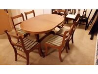 Oval Twin Pedestal extendable dining table with claw feets and 6 chairs - Warrington