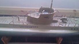 Model submarine