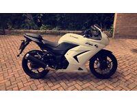Kawasaki ninja 250cc 11reg fsh in pearl white bargain!!!