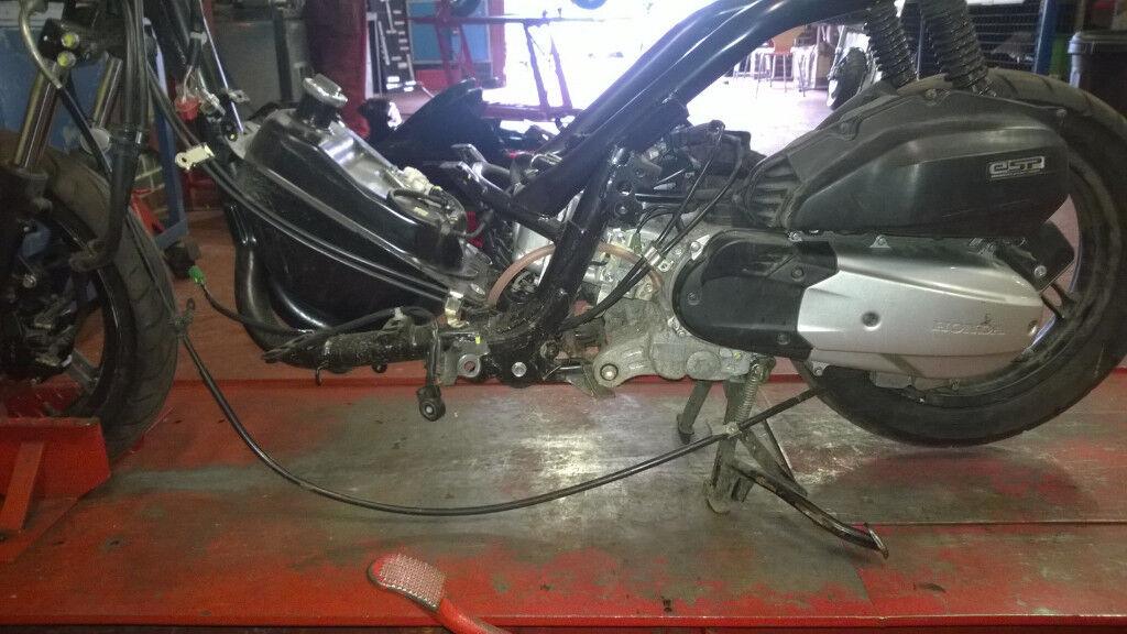 Honda PCX 125 New Shape Engine