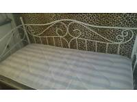 Single cream vintage day bed with mattress