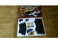 scalextric c653 grand prix / 4 x cars / sealed book / boxed skid chicane /