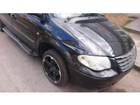 2006 Chrysler grand voyager limited low milleage in perfect order.