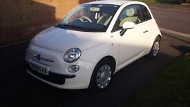 Fiat 500 low milage fsh .lots of extras