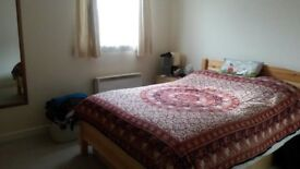 One Bed Flat Only 3 Min Walk to Westferry DLR