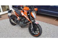 2018 KTM DUKE 125 ONLY 108 MILES LOTS OF EXTRAS
