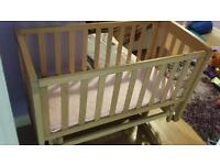 Excellent condition crib from mamas and papas