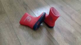 Red wellies size 20 (4)