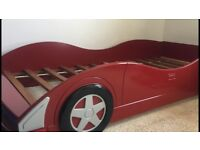 KIDS CAR BED GREAT CONDITION STURDY SLATS