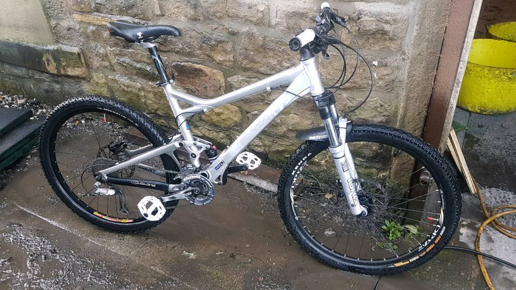Giant trance 3 full sus mtb. Price lowered!