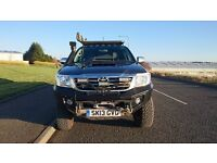 Toyota Hilux Invincible 4x4 - Fully Kitted Out