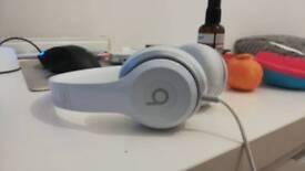 Beats solo 2 (white)