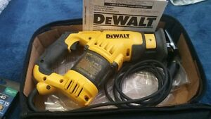 DeWalt compact reciprocating saw