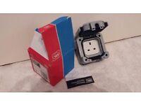 MK Master Seal External electric Plus socket