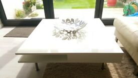 White Coffee Table - High Gloss Finish - Very Good Condition