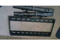 TV universal wall mounting bracket