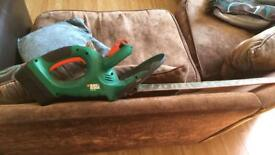 Black and decker cordless hedge cutter needs charger
