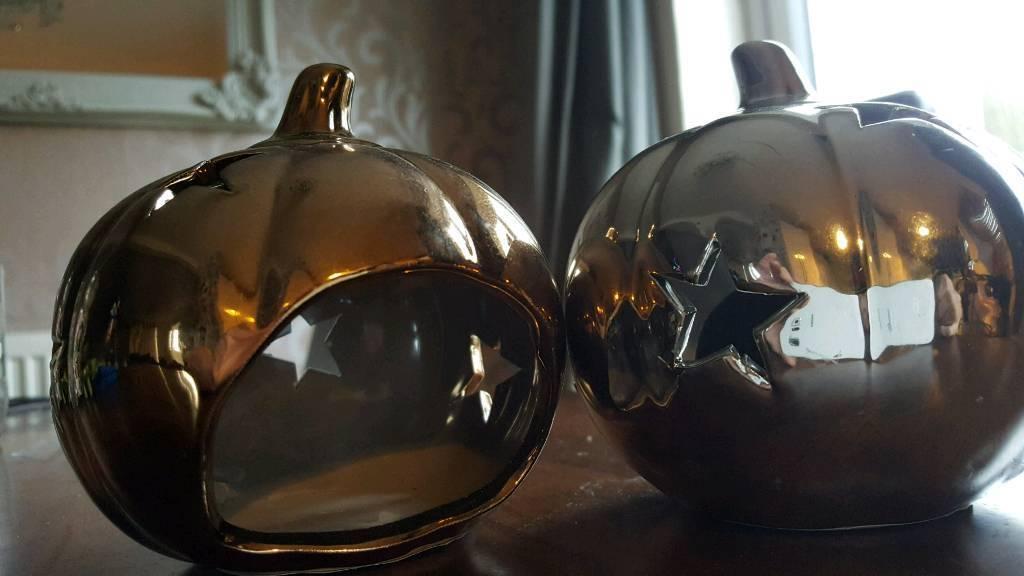 Wedding items. Tea light holders gold & silver