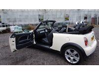 Mini Cooper Convertible 1598cc white- Petrol -