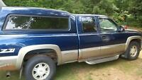 2000 GMC 1500 series Z71 4x4 parting out