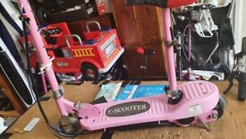 Electric stand/sit on (24 volt) e- scooter (in pink)