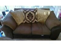 2x dfs sofas