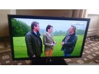 """SAMSUNG 40"""" LED TV SMART/FREEVIEW HD/MEDIA PLAYER/WIFI READY/100HZ/ MINT CONDITION NO OFFERS"""