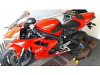 Triumph Daytona 675 Tornado red 2010 model Totally Standard Supersport