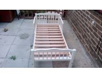 Childs bed with sides