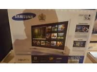 """Samsung 22"""" LED Smart TV"""