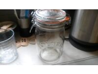 kilner jars orignal with seals 7 in total used for pckled onions 2pinters very good condition