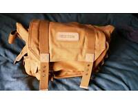 BESTECK LARGE CANVAS CAMERA BAG. ZIP COMPARTMENTS. BRAND NEW.