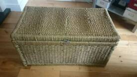 Wicker storage basket trunk