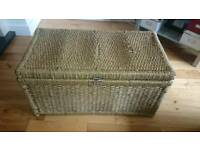 Wicker storage basket trunk