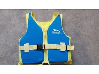 SLAZENGER BLUE & YELLOW SWIM VEST - Age 2 - 3