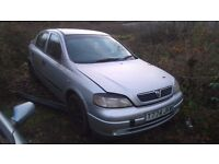 vauxhall astra mk4 silver breaking for spare parts
