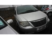 CHRYSLER VOYAGER 2.5 CRD SE 5d 141 BHP MORE CLEARANCE STOCK ON OUR WEBSITE (silver) 2005