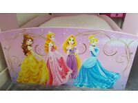 TODDLER BED - DISNEY - PRINCESS CASTLE DESIGN - PINK - RRP £200
