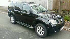 Nissan Pathfinder 4x4 tekna 2.5 dci automatic estate