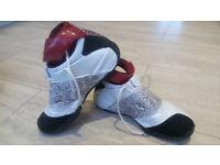 Air Jordan XX OG White/Red/Black Size 9.5 UK