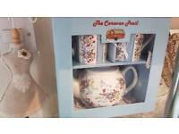 Teapot and mug set