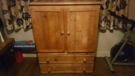 wardrobe solid pine must go today