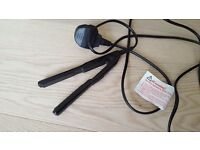 Superdrug Mini hair straightener with pouch, very good condition