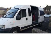 Splitter Bus Band Van