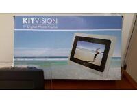 """7"""" Kitvision digital photo frame"""