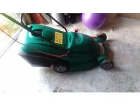Qualcast Power-Treak 400 lawn mower in good condition £25 pick up only